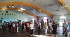 Danseurs dans la salle de réception - Domaine du Bois de l'Arc